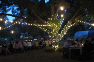 The USFRA-hosted dinner allowed farmers and bloggers to share a dialogue along with a delicious dinner.